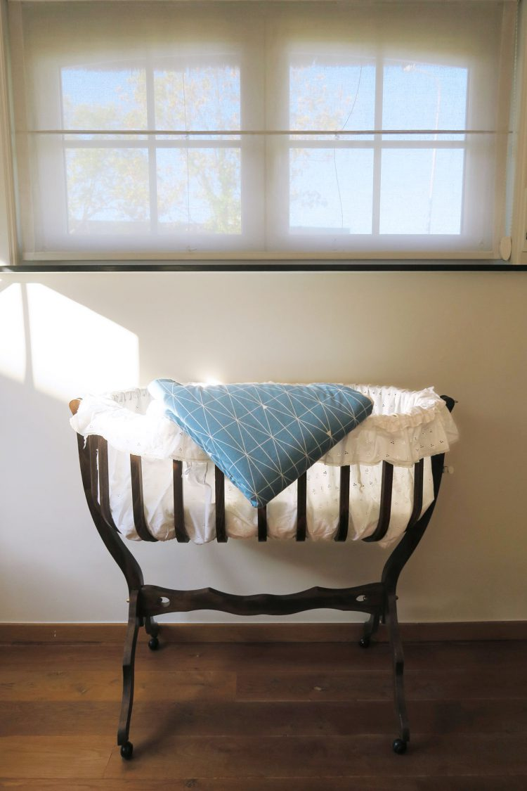 padded blanket for baby crib